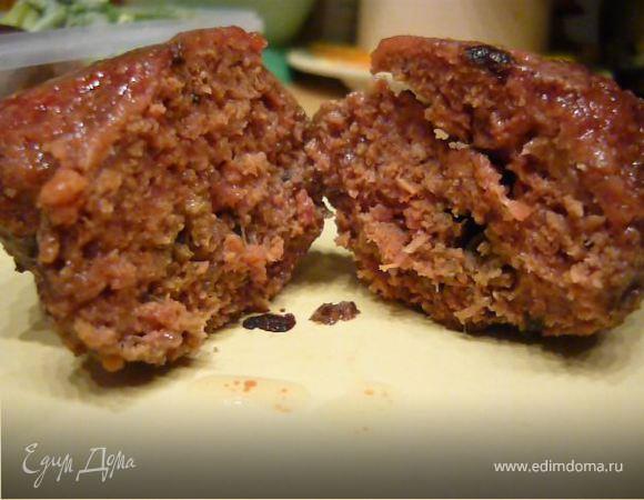 Мясные котлеты цвета мяса