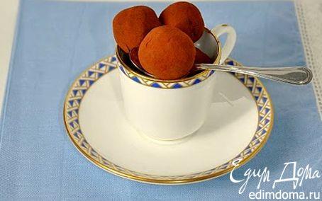 Рецепт Шоколадные трюфели с миндальным печеньем