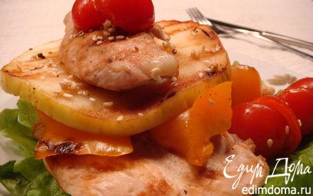 Рецепт Курица с яблоками и перцем
