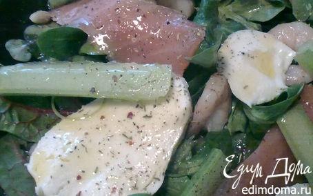 Рецепт Салатный микс с семгой и креветками