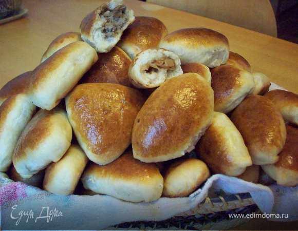 Пирожки печеные с разной начинкой