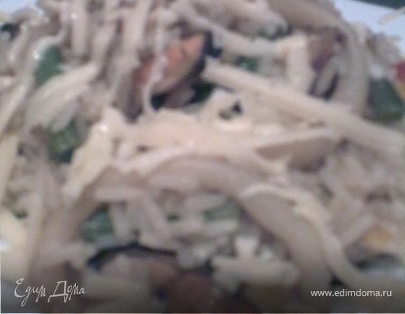 Рис с мидиями, кальмаром и зеленой фасолью