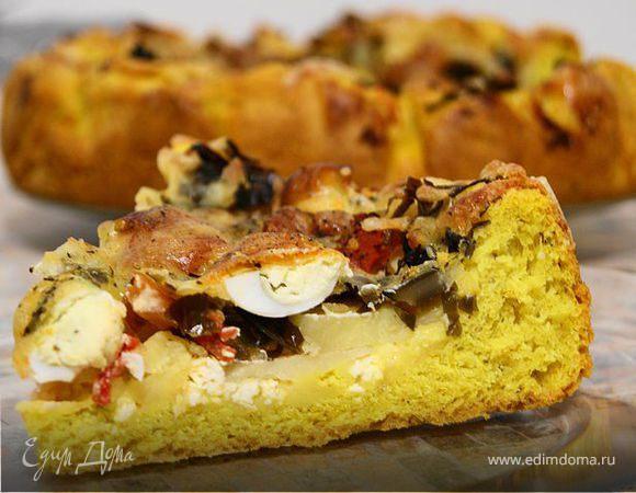 Пирог с морской капустой и перепелиными яйцами