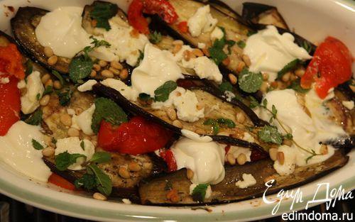 Рецепт Теплый салат из баклажанов со сладким перцем и орехами