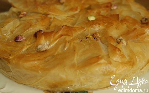 Рецепт Пирог из фило с творогом, изюмом и орехами