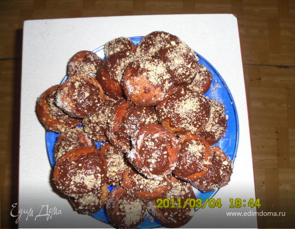 Пончики с вишней
