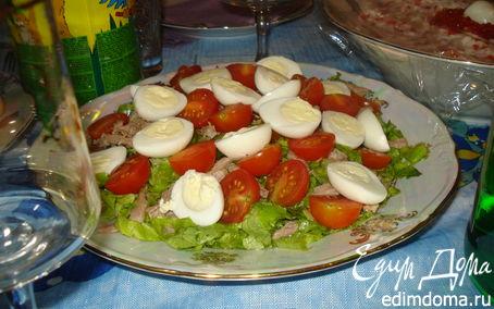 Рецепт Салат с мясом, помидорками черри и с перепелиными яйцами