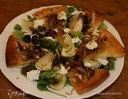 Салат из фенхеля с козьим сыром и кедровыми орешками
