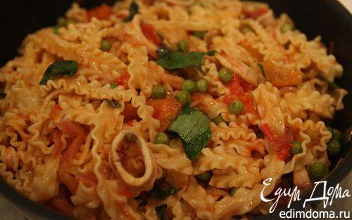 Рецепт Паста с кальмарами и зеленым горошком
