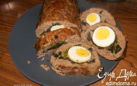 Рецепт Мясной рулет с яйцом и брокколи.