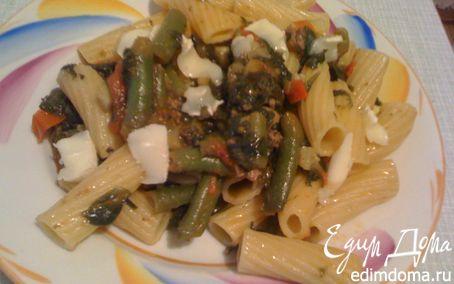 Рецепт Ригатони со стручковой фасолью, шпинатом, томатами и сыром Бри