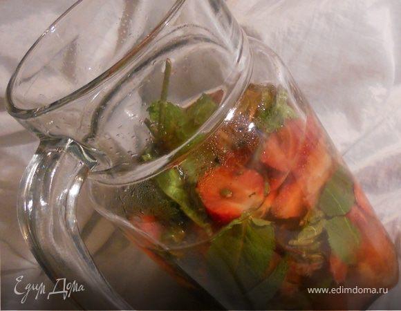 Лето 2011: домашний лимонад с клубникой и мятой