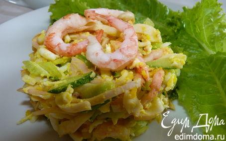 Рецепт Салат с креветками, кальмарами и домашним майонезом