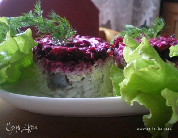 Слоёный салат с селёдочкой.