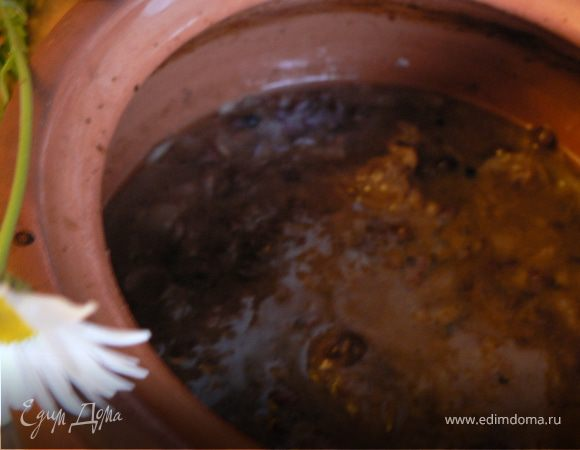 Говядина с брусникой