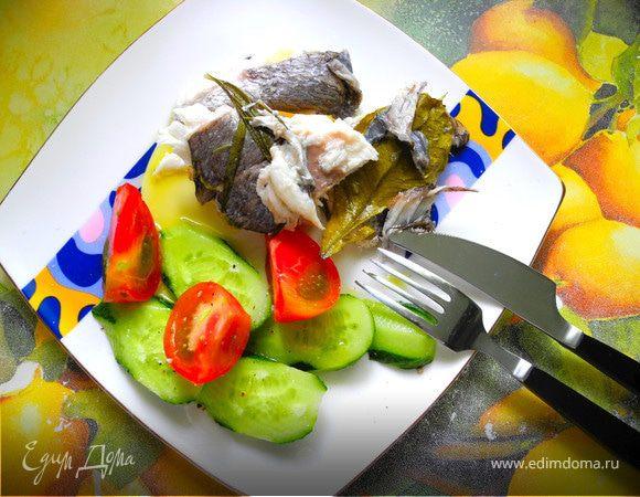 Дорада с солеными лимонами и средиземноморскими травами