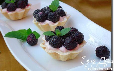 Рецепт Корзинки с йогуртовым кремом и ежевикой