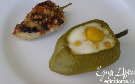 Рецепт Яйца в перцах и перцы с начинкой