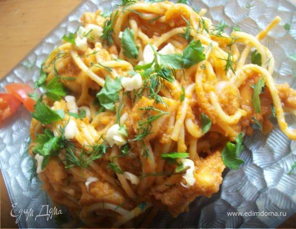 Спагетти с курицей и кабачковым соусом