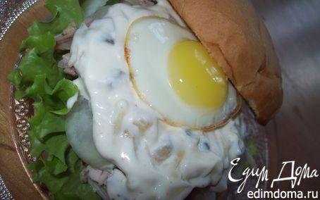 Рецепт Сэндвич с курицей, горчицей и перепелиным яйцом