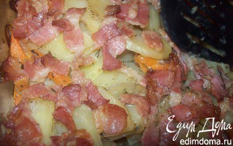 Рецепт Картофель ломтиками, запеченный с беконом