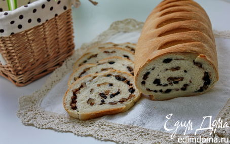 Рецепт Батон с оливками и грецкими орехами