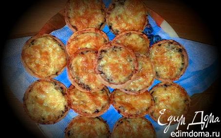 Рецепт Жульен из курицы с шампиньонами в тарталетках