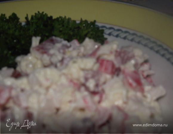 Салат из крабовых палочек и чеснока!