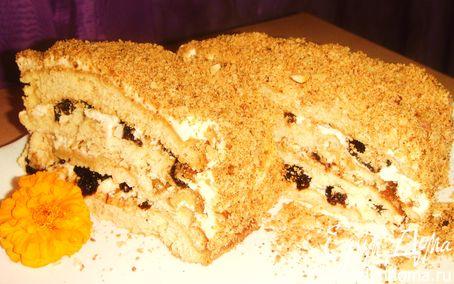 Рецепт Медовый торт с орехами и черносливом