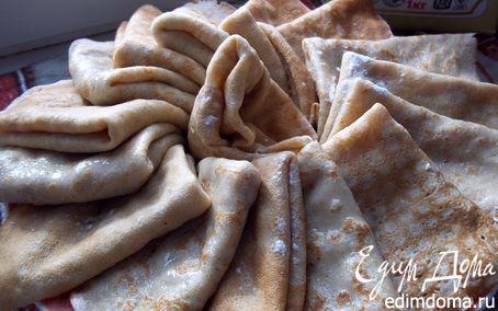 Рецепт блины пшенично-ржаные с грушевым вареньем и орехами