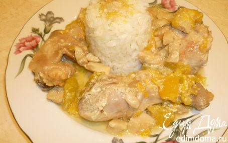 Рецепт Запеченная курица с тыквой и грибами.