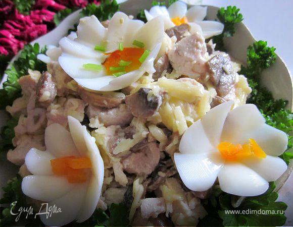 простенький салат: грибы+курица+сыр