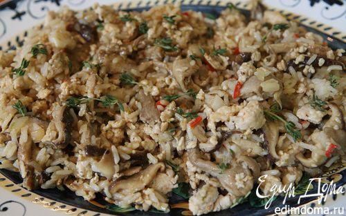Рецепт Экзотический рис с курицей, шиитаке и вешенками