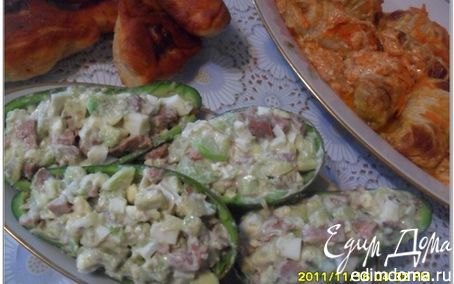 Рецепт Салат из авокадо с печенью трески