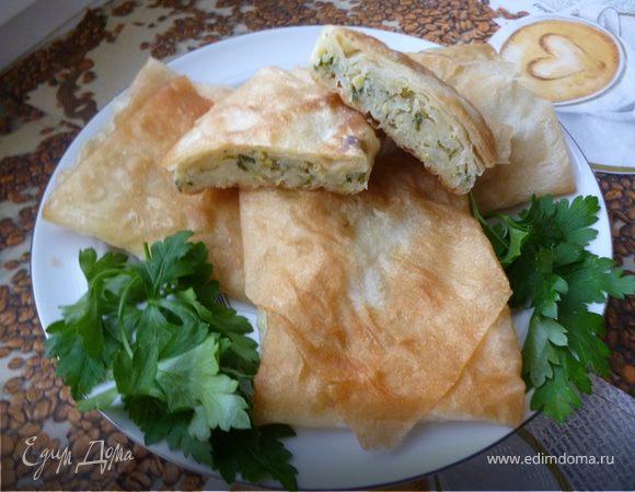Конвертики из лаваша (с начинкой из сырого картофеля)
