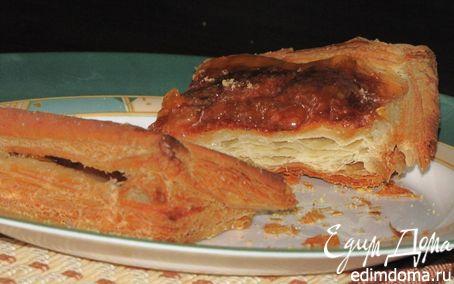 Рецепт Слоеный пирог с грушами и сыром