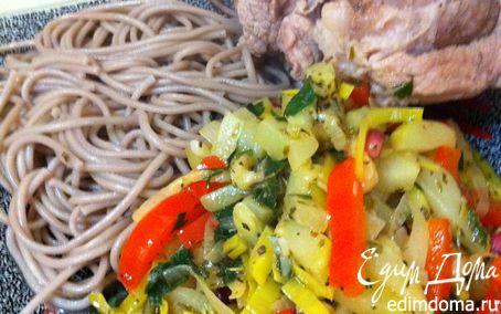 Рецепт СМЕСЬ ВРЕМЕН (мясо на кости+гречневая лапша+овощи)