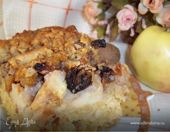 Овсянный пирог с яблоками, орехами и изюмом