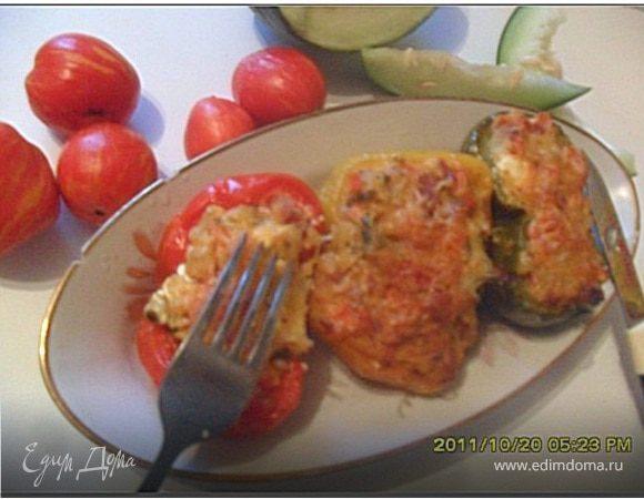 Перец, фаршированный картофелем и овощами