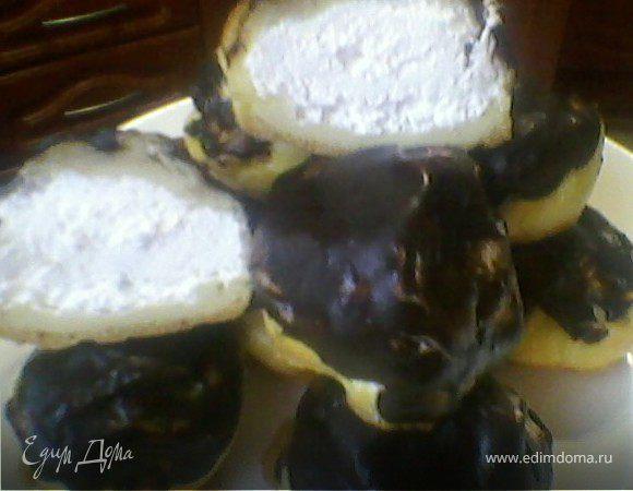 Эклеры с бананово-йогуртовым кремом