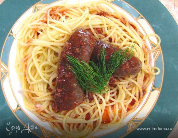 Колбаски, запеченные в итальянском томатном соусе