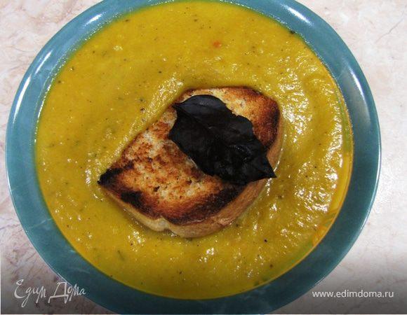 Суп-пюре из тыквы - почти по-итальянски