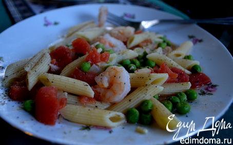 Рецепт Макароны с креветками и зеленым горошком.