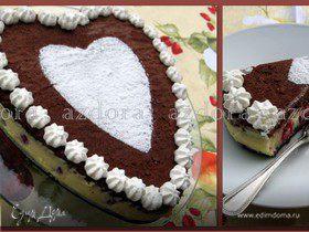 Торт с белым шоколадом и малиной
