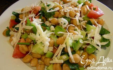Рецепт Легкий салат из нута с овощами и травами