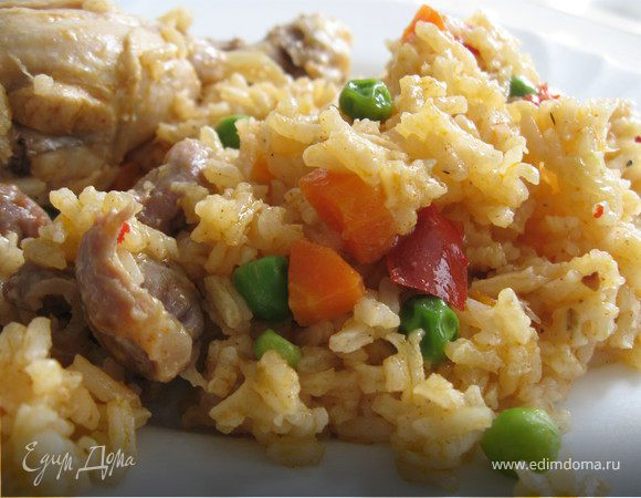 Курица, тушеная с рисом