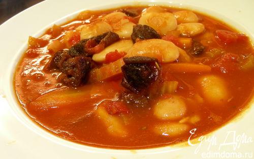 Рецепт Суп из фасоли с черносливом и розмарином