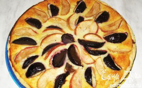 Рецепт Открытый творожный пирог на песочном тесте с яблоками, сливами, мятой и корицей