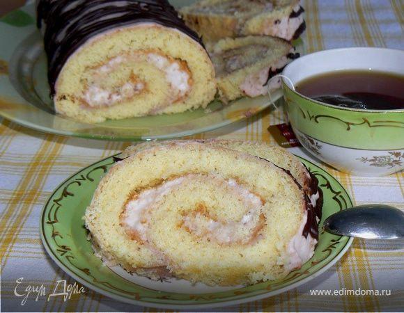 Рулет бисквитный с клубнично-сливочным суфле