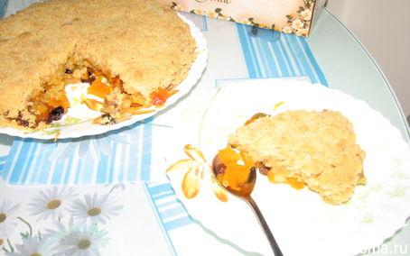 Рецепт Пирог-десерт с тыквой, яблоками и изюмом